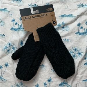 The North Face Womens Cable Minna Mitts TNF Black